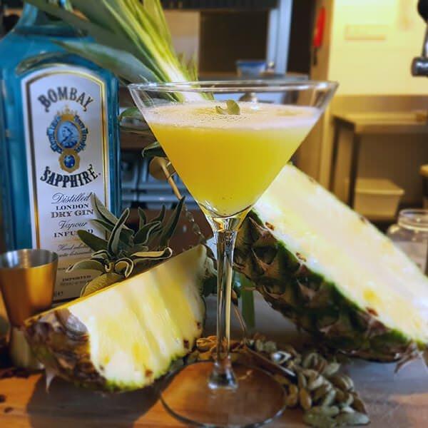 Pineapple martini Hilversum - Bistro VOS | Restaurant Hiliversum